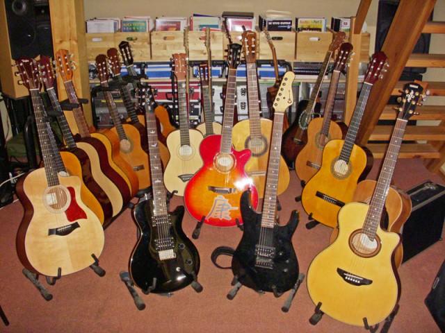 Für jeden die richtige Leih-Gitarre